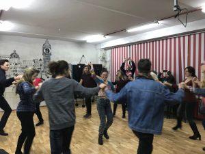 Deja o tradiție. Studenții din Ungaria la CRAT. Spațiul de socializare Anticafeneaua din Bălți