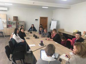 Întâlnirea Asociației Pédiatres Du Monde cu părinții copiilor cu dizabilități de auz instituționalizați în instituțiile de învățământ preuniversitar din municipiu