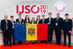 Medalie de argint şi bronz în cadrul celei de-a XVI-a ediții a Olimpiadei Internaționale de Științe pentru Juniori, desfășurată la Doha, statul Qatar