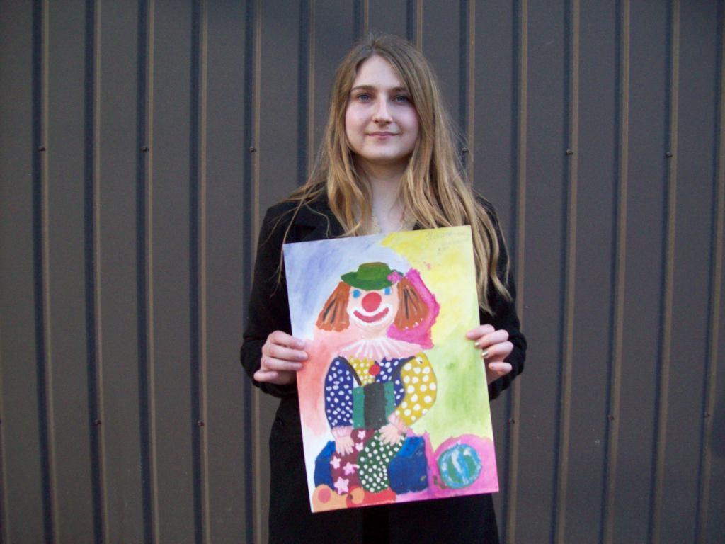 Онлайн – конкурс рисунков в честь праздника «День защиты детей».